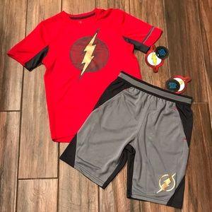 ⚡️ NWT DC The Flash brand boy's poly shirt/shirt